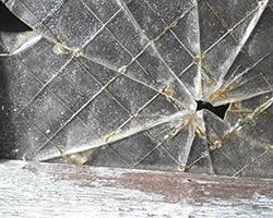ガラスの破損